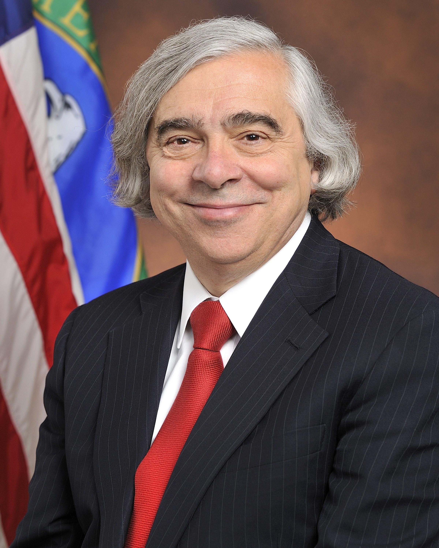 U.S. Secretary of Energy, Earnest Moniz