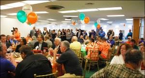 2014-WV-Makes_crowd upper lobby more horizontal